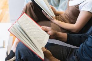 Ministerul Educatiei vrea sa invete romanii sa fie parinti mai buni