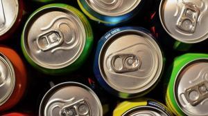 Ministerul Sanatatii vrea sa interzica vanzarea bauturilor energizante minorilor