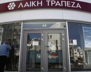 Bancherii ciprioti au ramas fara bani, cu girul justitiei din insula