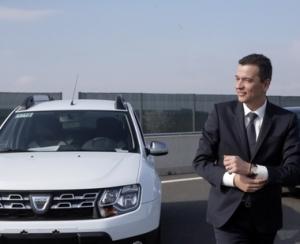 Inca un premier viziteaza Centrul Renault de la Titu si promite autostrada constructorului francez de automobile