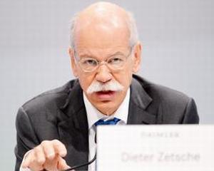CEO-ul Daimler a primit un salariu de 8,2 milioane euro in 2013