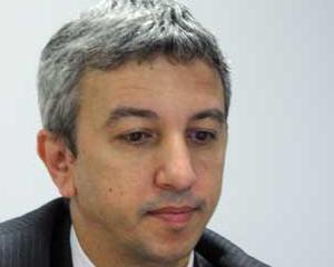 Dan Diaconescu vrea bani de la parlamentarii plecati din partid