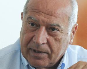 """Scutaru: """"Ponta sa spuna public daca i-a promis lui Voiculescu gratierea dupa alegerile prezidentiale"""""""