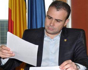Ministrul Finantelor solicita reducerea politei RCA pentru tineri