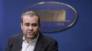 Breaking News: Darius Valcov, consilierul Vioricai Dancila, demisioneaza din Guvern