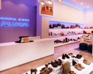 Un producator local de pantofi investeste 350.000 euro intr-un nou magazin in Cluj-Napoca