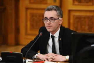 Totul e roz in Coalitie, mai putin la Justitie. Ministrul Stelian Ion acuza UDMR de joc dublu si pacalirea electoratului
