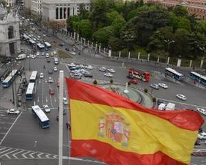 Deutsche Welle: Spaniolii, in genunchi din cauza bancilor