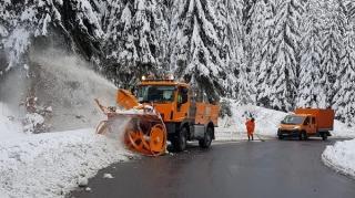 CNAIR face apel catre soferi sa plece la drum doar daca au autovehiculele echipate corespunzator pentru conditii de iarna