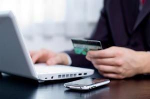 Peste 90% dintre tranzactiile locale se efectueaza cash