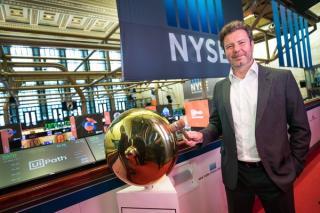 Cofondatorul primei companii romanesti listata la New York crede ca traim in cea mai buna lume cunoscuta vreodata de oameni