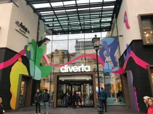 Diverta a deschis o librarie cu un concept nou in Centrul Vechi al Capitalei