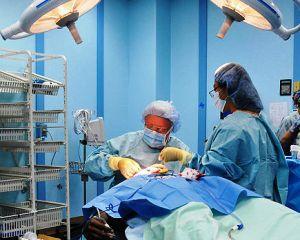 Dosarul operatiilor estetice: 16 medici din Bucuresti, urmariti penal