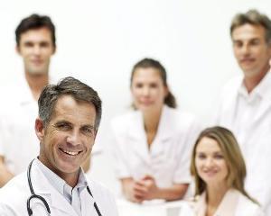 Piata serviciilor medicale private creste constant datorita numarului tot mai mare de apelanti