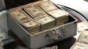 Noi maxime istorice pentru dolarul american si francul elvetian
