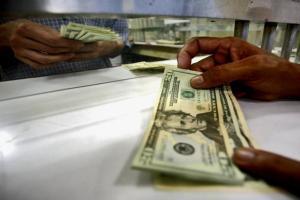America a primit peste 100 miliarde de dolari de la bancile din intreaga lume