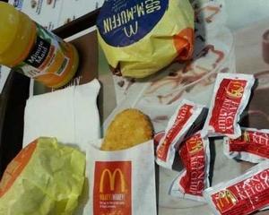 CEO-ul McDonald's: Am dat jos 9 kilograme, dupa ce am mancat doar de la fast-food