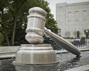 Legea PSD-ALDE-UDMR  care desfiinta guvernanta corporativa s-a dovedit a fi neconstitutionala