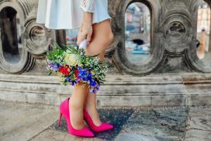Ce haine te avantajeaza daca ai o statura miniona? Trucuri de la stilisti