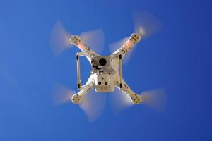 Google vrea sa faca livrari cu drona in Europa. Cand incep primele teste