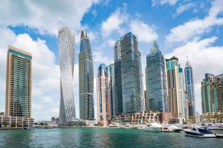 Miliardarii lumii se refugiaza in Dubai, in timp ce omenirea asteapta al patrulea val pandemic