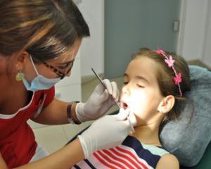 Sfaturi pentru parinti, despre sanatatea dentara a copiilor