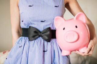 4 sfaturi financiare de la cei mai buni economisti: refuza sa fii sarac
