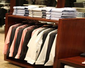 5 sfaturi utile pentru alegerea costumului potrivit