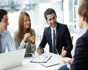 Tichetele de masa reduc absenteismul angajatilor