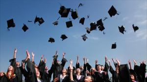 Stimulente financiare pentru elevii cu media 10 la examenele nationale