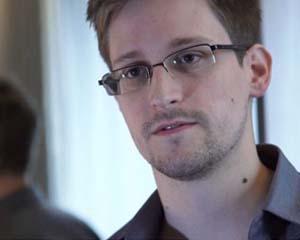 Edward Snowden a fost ales rector al unei universitati din Scotia