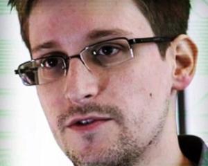 Edward Snowden a fost premiat de fosti membri ai serviciului de spionaj CIA