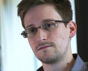 Edward Snowden ar putea parasi aeroportul din Moscova
