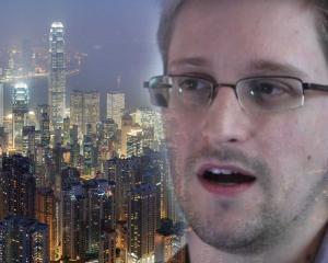 NSA a incalcat intimitatea a 2.800 de turisti, monitorizandu-le telefoanele