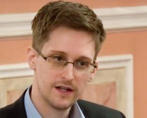 Producatorii filmului James Bond au pus ochii pe povestea lui Edward Snowden