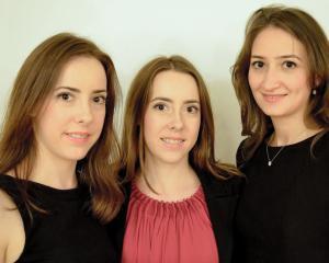 Interviu cu tinerii din spatele ELIS, comunitatea romanilor de succes din intreaga lume