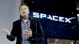 Elon Musk a inchis conturile de Facebook ale companiilor sale, in urma scandalului Cambridge Analytica