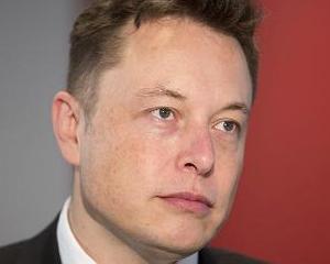 Elon Musk a primit in 2013 un salariu de doar 70.000  de la Tesla
