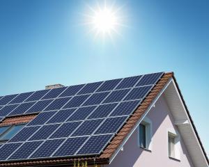 23,4% din electricitatea produsa in UE a provenit din surse regenerabile in 2012. Unde s-a situat Romania