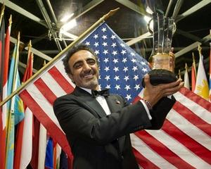Hamdi Ulukaya de la Chobani, desemnat Antreprenorul Anului 2013 la competitia Ernst & Young World Entrepreneur Of The Year