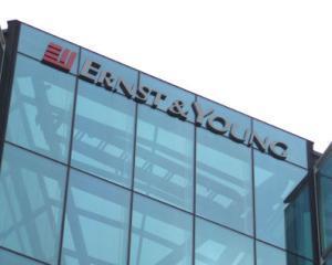 Ernst&Young se rebrand-uieste