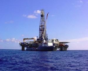 Redeventele pentru concesiunile in vigoare nu pot fi majorate prin lege, daca toate acordurile petroliere arata precum cele cu Chevron
