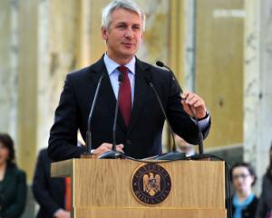 Teodorovici si Nica au depus juramintele de investitura pentru Ministerul Finantelor si Ministerul Fondurilor Europene