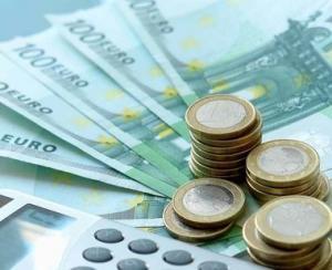 Cursul euro pierde 0,25%, ajungand la 4,6540 lei