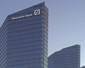 Deutsche Bank: Euro se va prabusi atunci cand criza va lua sfarsit