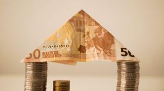 Inca un maxim pentru euro: 4,9156 lei