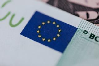 Pe ansamblul ei, zona euro este supraindatorata. Datoria a depasit 100% din PIB!