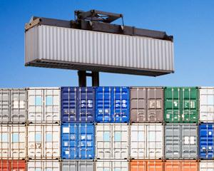 Deficitul comercial a crescut la doua miliarde de euro