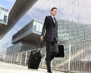 Manageri romani care conduc afaceri in strainatate