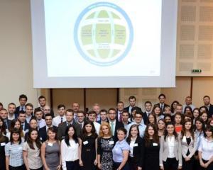 EY Romania recruteaza un numar record de absolventi in 2014